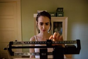 to-the-bone-lily-collins-600x400