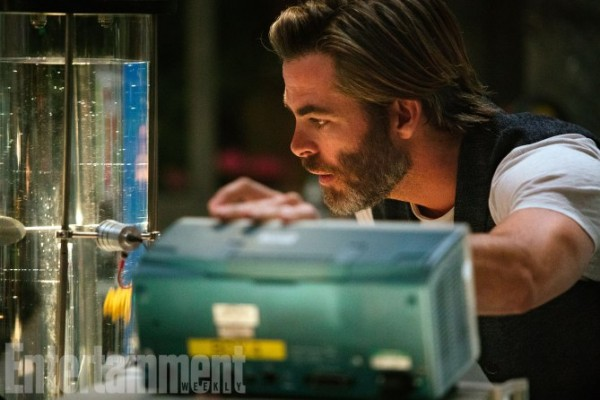 a-wrinkle-in-time-chris-pine-ew-600x400