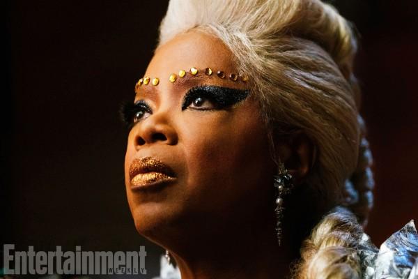 a-wrinkle-in-time-oprah-winfrey-image-ew-600x400
