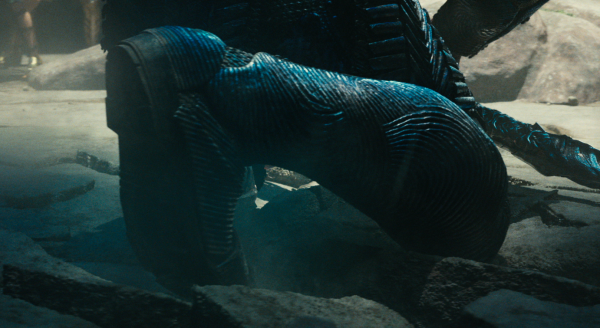 justice-league-movie-image-23-600x328