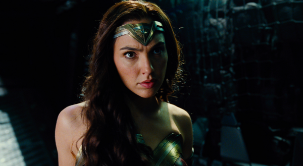 justice-league-movie-image-4-600x329