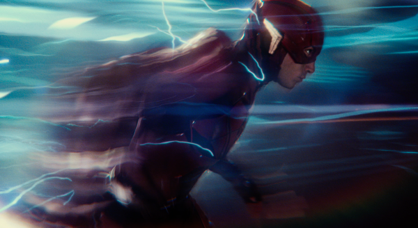 justice-league-movie-image-43-600x328