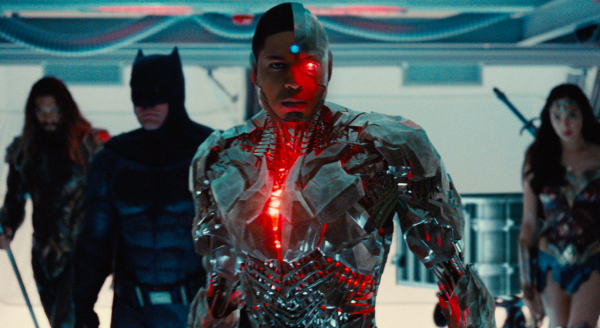 justice-league-movie-image-44-600x328