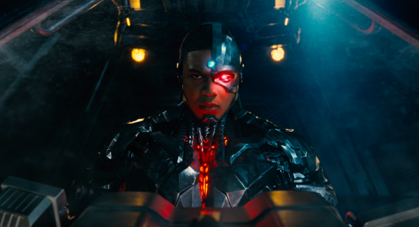 justice-league-movie-image-47-600x326