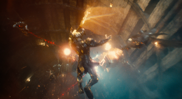 justice-league-movie-image-50-600x328
