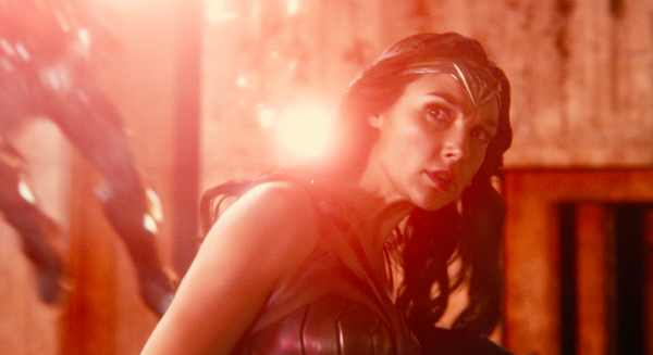 justice-league-movie-image-53-600x327