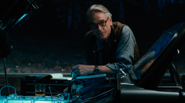 justice-league-movie-image-71-600x335