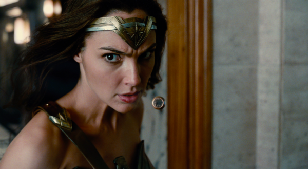 justice-league-movie-image-8-600x329