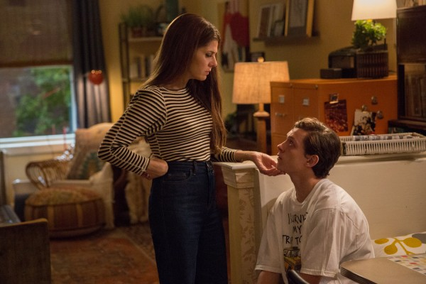 spider-man-homecoming-marisa-tomei-tom-holland-600x400