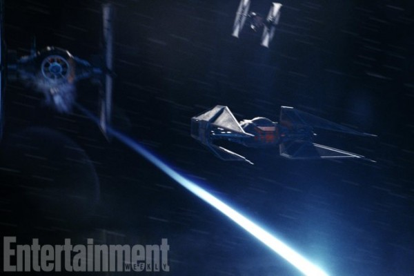 star-wars-8-tie-silencer-600x400