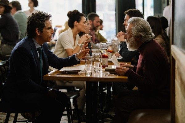 the-meyerowitz-stories-ben-stiller-dustin-hoffman-600x400