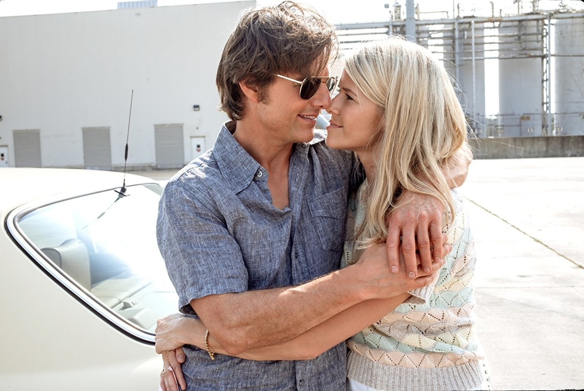 barry seal sarah wright tom cruise