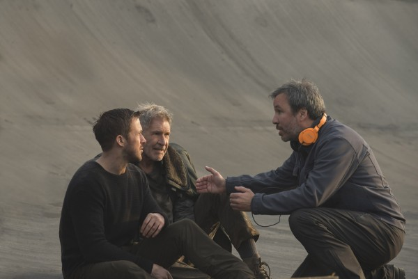 blade-runner-2049-denis-villeneuve-ryan-gosling-harrison-ford-600x401