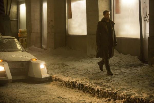 blade-runner-2049-ryan-gosling-image-2-600x400