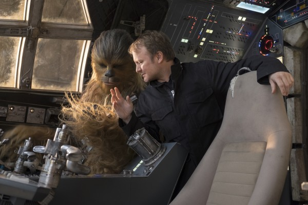 star-wars-the-last-jedi-rian-johnson-chewbacca-600x400