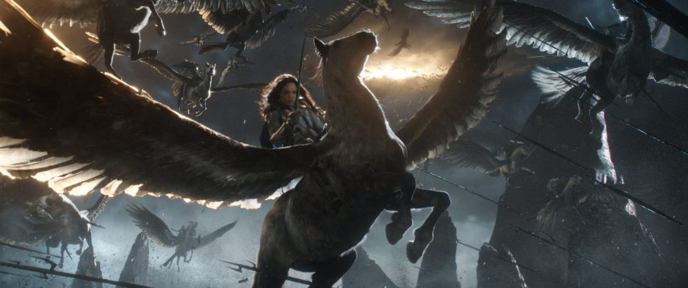 thor ragnarok images tessa thompson valkyrie 1003x420 - Galería de Imágenes de Thor: Ragnarok