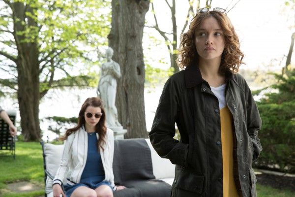 thoroughbreads-olivia-cooke-anya-taylor-joy-600x400