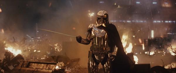 star wars the last jedi new trailer image 44 600x251 - Nuevo Spot e Imágenes de Star Wars: Los Últimos Jedi