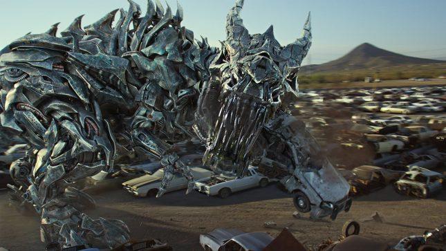 transformers the last knight 4 1500x844 645x363 - Blu-ray de Transformers: El Último Caballero – La Reseña Cinergetica
