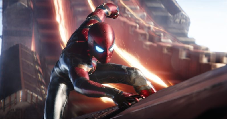 avengers infinity war image spiderman new suit 796x420 - Galería de Imágenes de Avengers: Infinity War