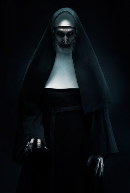 la monja nun 435x645 - La Monja está de regreso: Pronto el Trailer