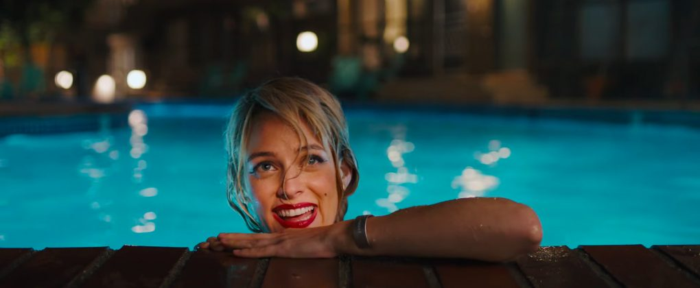 under the silver lake riley keough 1020x420 - Trailer de Under the Silver Lake con Andrew Garfield