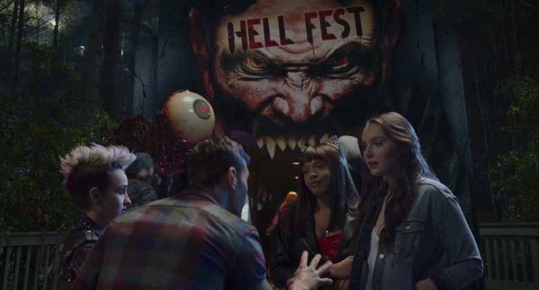 hell fest images 2 780x420 - Trailer de Hell Fest
