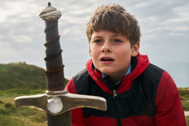 the kid who would be king louis ashbourne 630x420 - Mira el increíble trailer de The Kid Who Would Be King
