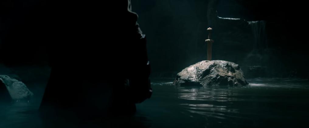 hellboy movie trailer images 2 1016x420 - Galería de imágenes de Hellboy