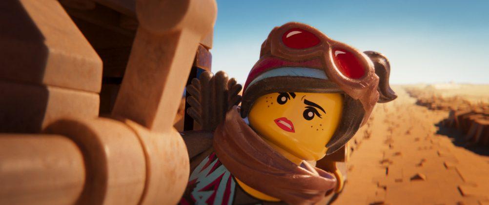 the lego movie 2 image wyldstyle 1002x420 - Galería de imágenes de La Gran Aventura Lego 2