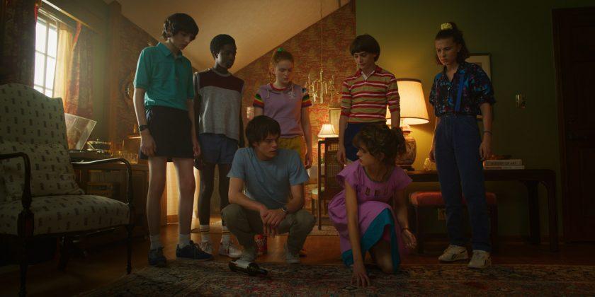 stranger things season 3 image 840x420 - Primer teaser trailer de Stranger Things 3
